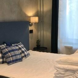 lyxiga sängar och lounge belysning
