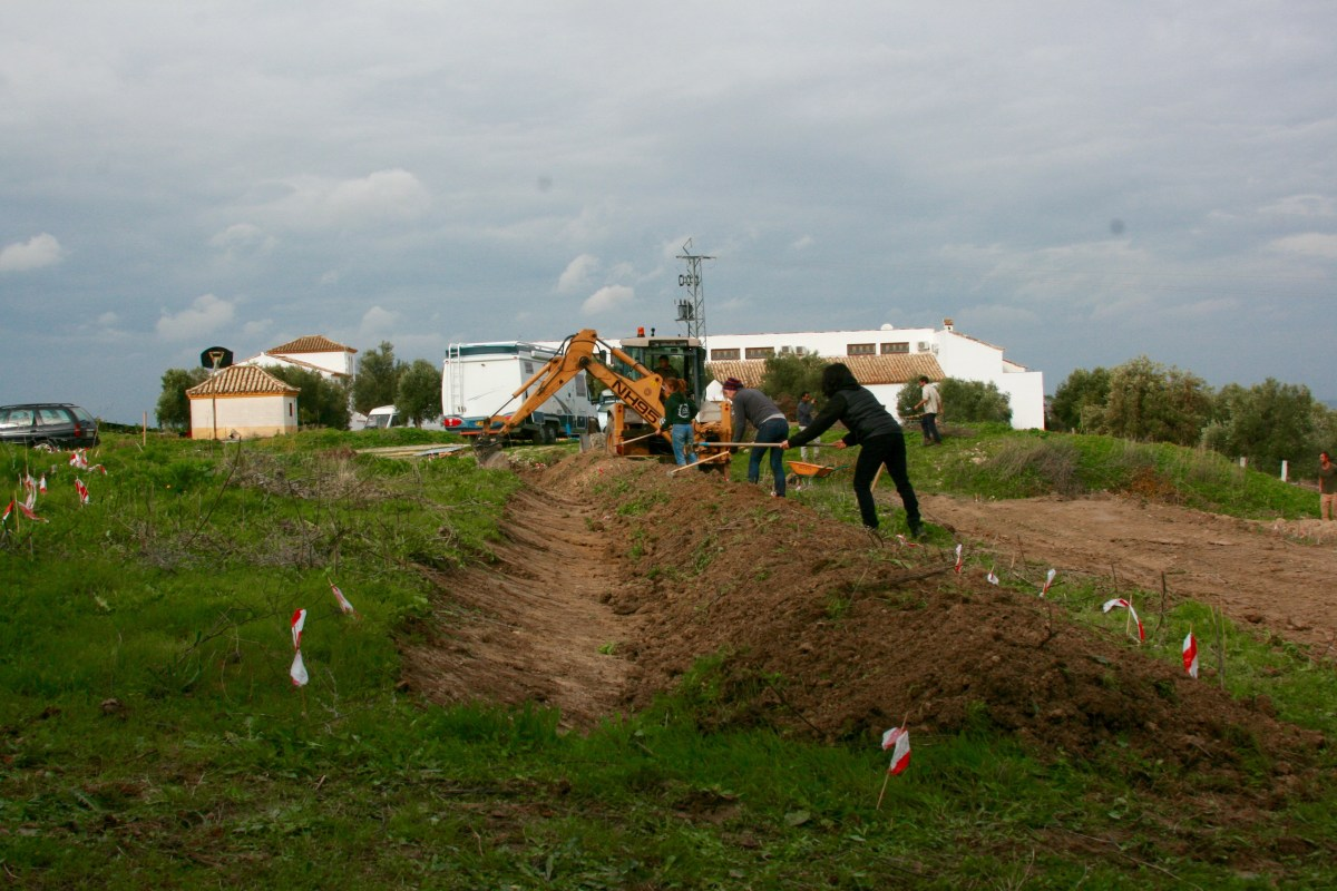 December 2016: Advanced Earthworks and Food Forest Course: Suryalila Permaculture, Villamartin, Spain