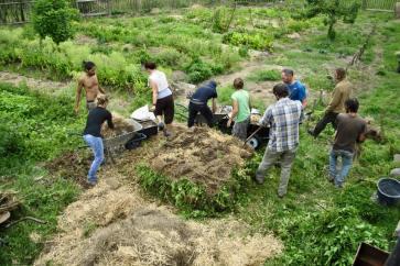 hot compost pile building at Sekier, 2015