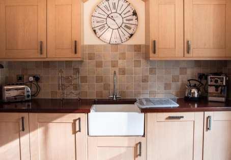 Coombe Villa Kitchen 1