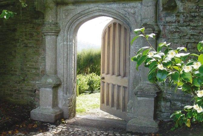 Kitchen garden door