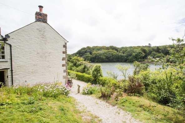 Penjerrick Cottage Side