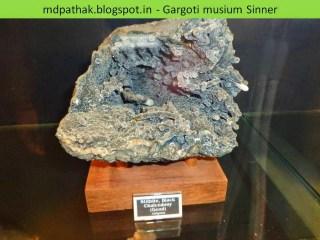 stllbite black chalcedony, geod found at Jalgaon, Maharashtra