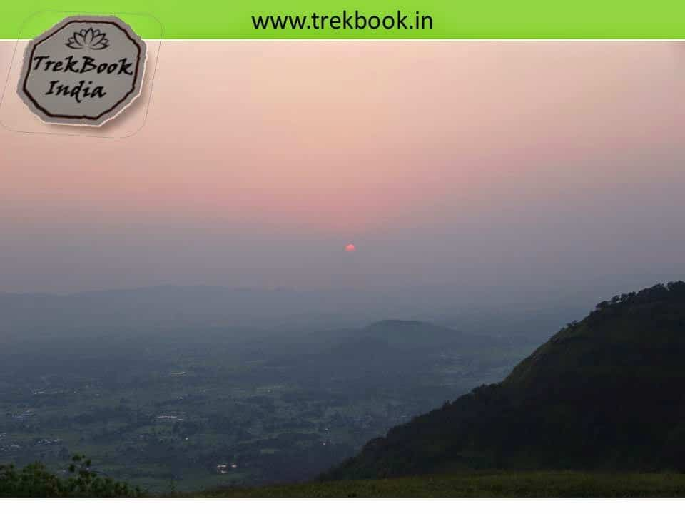 sunset at kalavantin durg