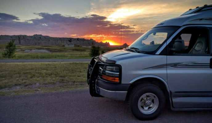 2008 Roadtrek 190 Popular 4x4 with Badlands sunset