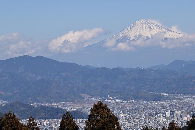 富士山と竜爪山