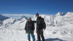 Rober y su Sherpa guia en Amphu Laptsa