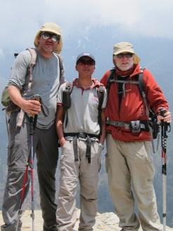 Brian stauffer y robert hunt con Kim Rana