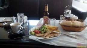 "Kukes Albania - restauracja i posiłek ""na bogato"""