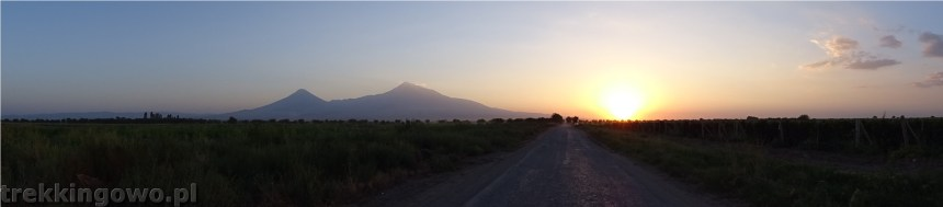 Ararat - u podnóża świętej góry Ormian ararat 5 trekkingowo