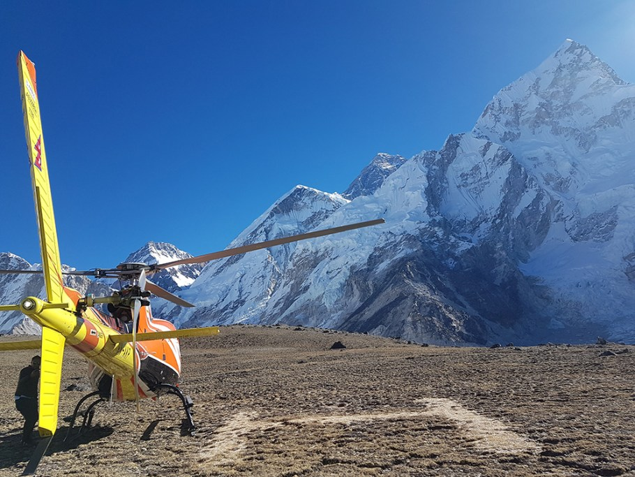 Heli Tour -Everest1