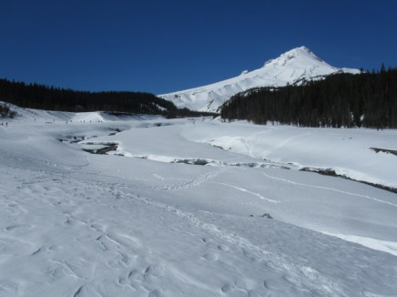 Snowshoe Center Moraine White River
