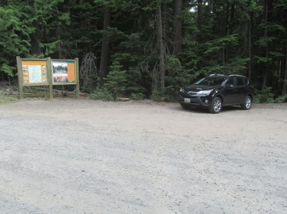 Only car in the parking lot a 9 am. Everyone else drove up to Cloud Cap to begin their Hikes.