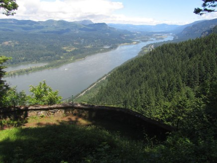 Private view point of the Columbia River at Nesika.