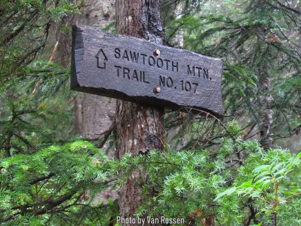 We left the PCT and headed up the Sawtooth Mt. trail.
