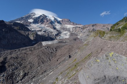 From the top of the moraine we got a wide view of Mt. Rainier and the Nasqually Glacier and the lateral moraine.