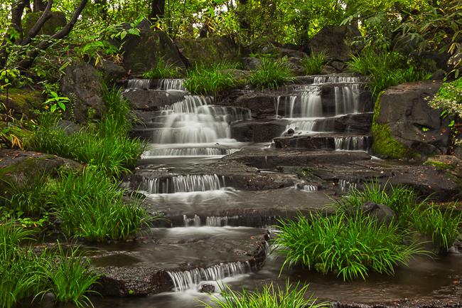 An ornamental waterfall in the nearby Himeji Kokoen