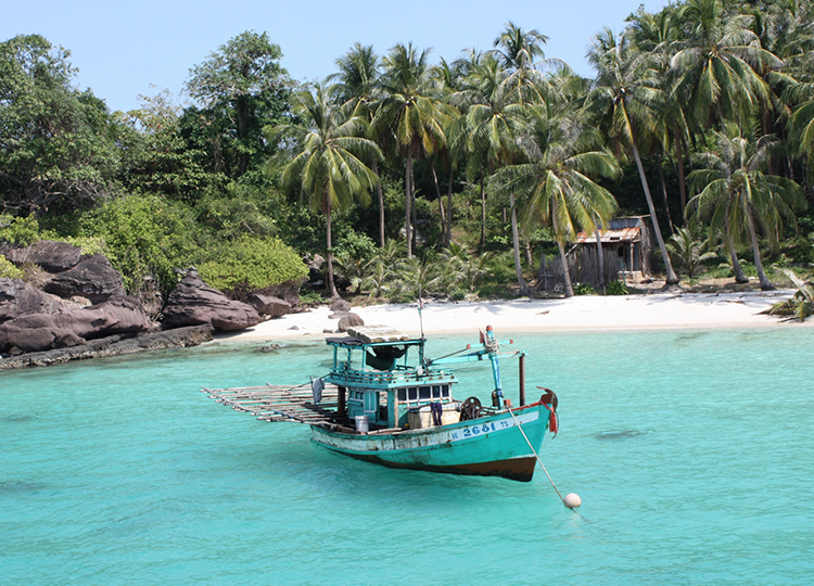 There are excellent untouched islands around Phu Quoc to explore