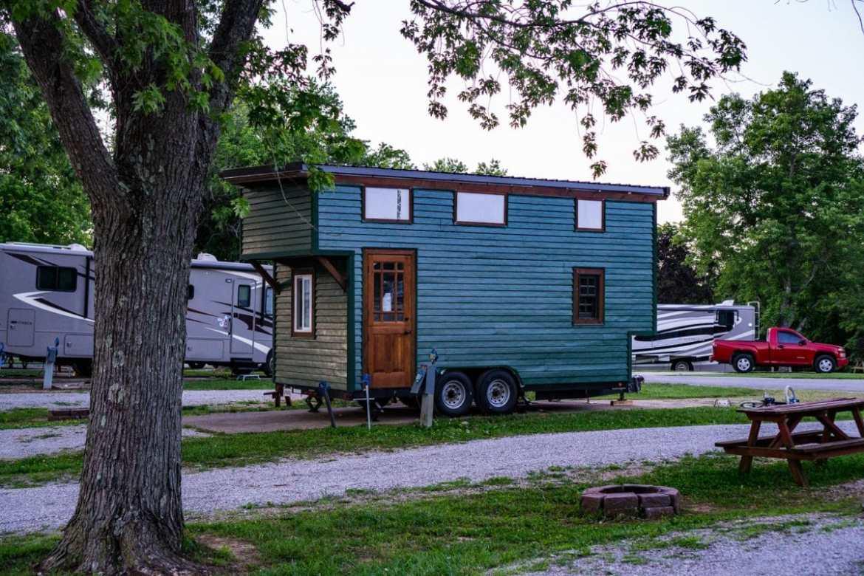 Unique 'RV' Tiny House