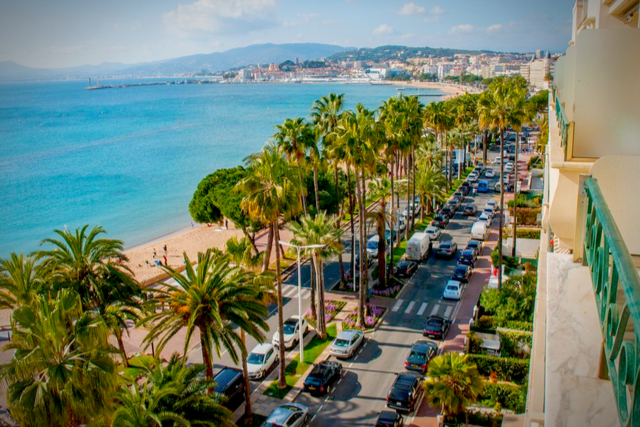 Cannes - By Homeaway.jpg