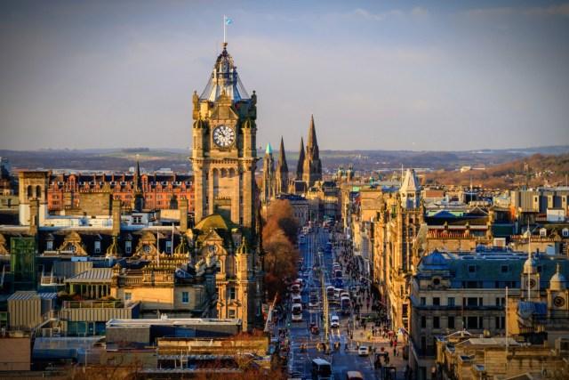 Edinburgh By f11photo.jpg