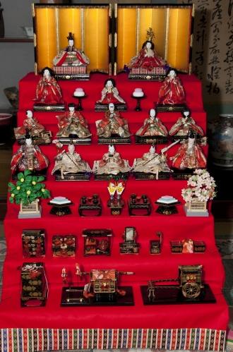 ひな人形七段飾りの飾り方