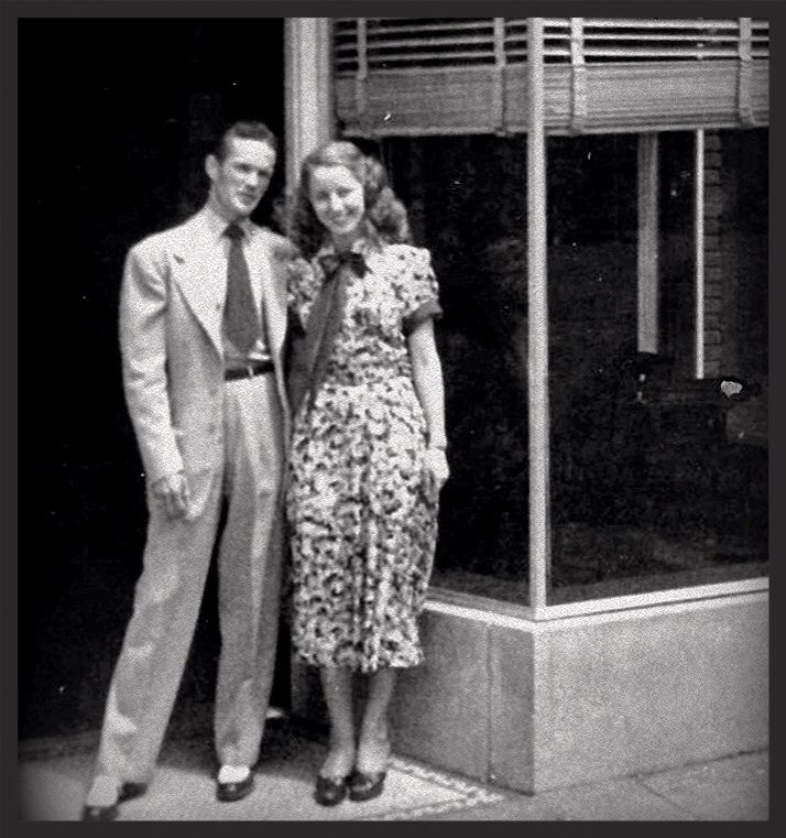 Bill and an unknown blonde 1940's