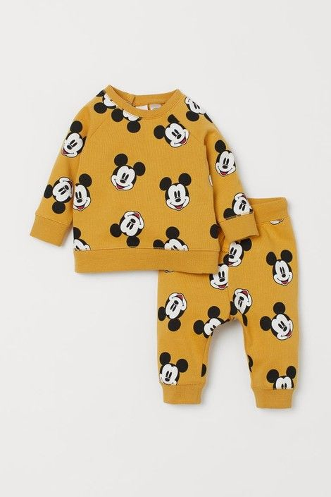 Disney World Outfits: Where to Shop for Cute Disney Clothes!