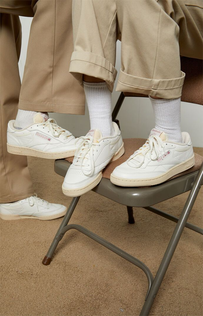 Reebok White & Pink Club C 85 Shoes - White/Pink size 4.5