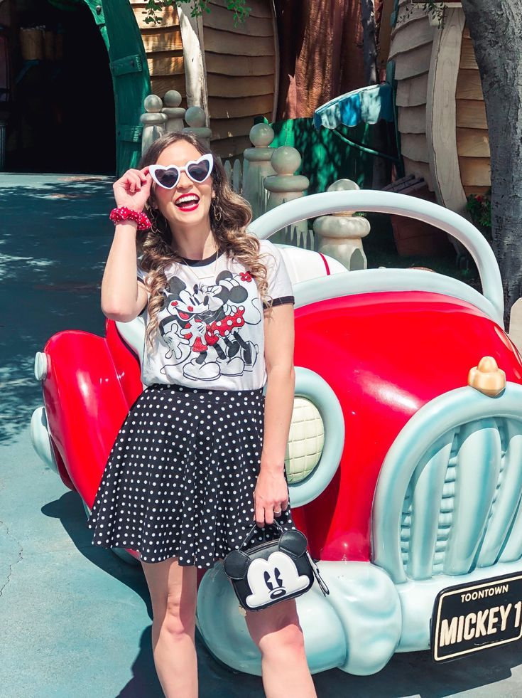 10 Disney Skirts and Dresses Perfect For Disneybound Outfits