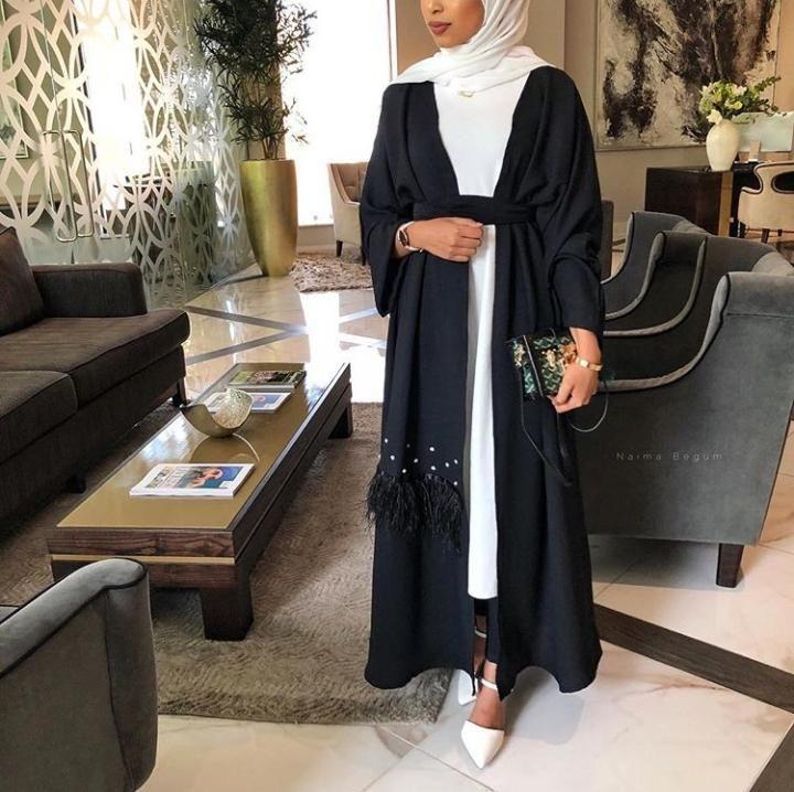Hijab Fashion 2021 : Sélection de plus de 120 looks en Abaya tendance