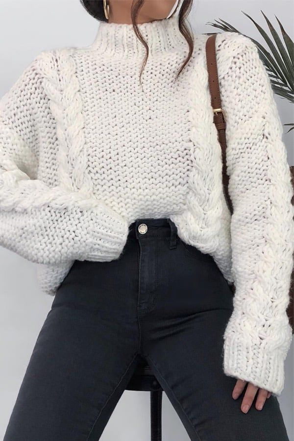 25 Charming Outfits With Black Jeans For Inspiration -