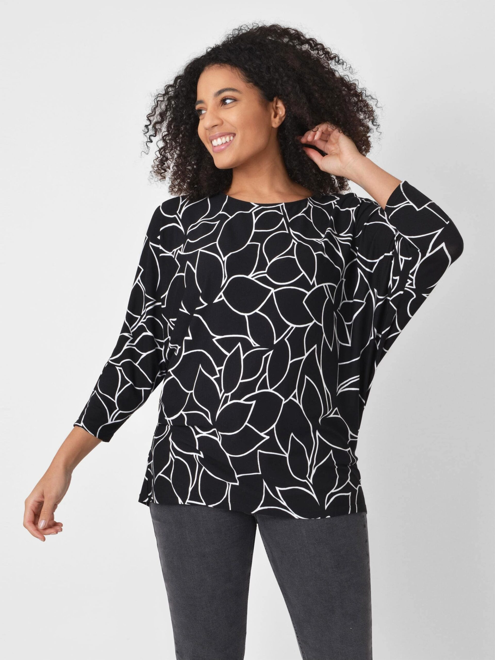 Linear Floral Jersey Top - Mono / 12