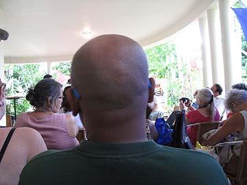 Ondertussen bij de DSB in Paramaribo