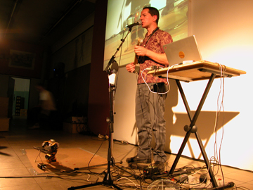 bijzonder concert van Mr Robot & Paul Granjon