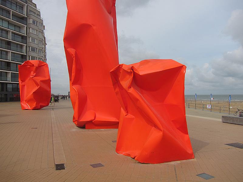 Arne-Quinze-Oostende8jpg