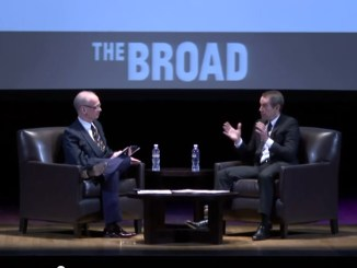 John Waters in gesprek met Jeff Koons @ The Broad