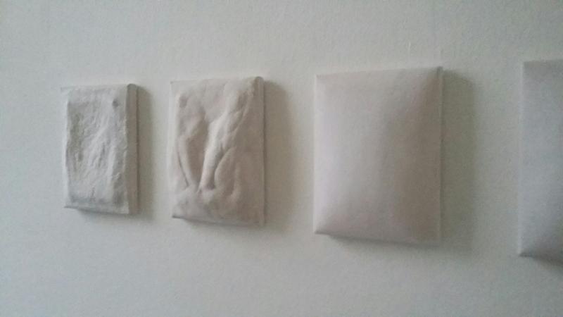 Edith Dekyndt, Air, rain, pain, wind, sweat, tears, fear, yeast, heat, pleasure, salt, dust, dreams, odors, noises, humidity. DAAD Künstlerprogramm, Berlin