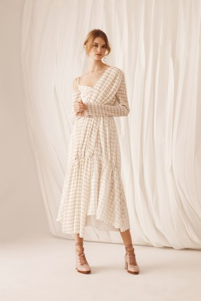 Adeam13-resort18-61317