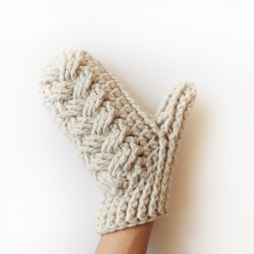 Crochet Mitten Patterns Ravelry Holden Cable Crochet Mittens Pattern Lakeside Loops