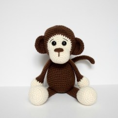 Free Crochet Animal Patterns Free Crochet Monkey Amigurumi Pattern Thefriendlyredfox