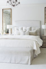 A Beautiful All White Apartment In Modern Style 22