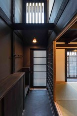 Apartment With Artistic Japanese Style Design 31