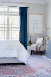 Bedroom Decorating Ideas To Create New Atmosphere 28