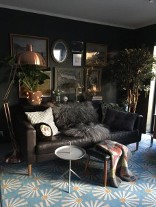Best Living Room Ideas With Black Walls 12