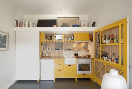 Contemporary Micro Apartment Organized With Boxes 31