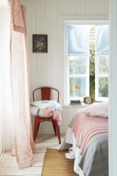 Guide To Choosing Curtains For Your Minimalist House 02