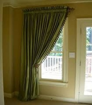 Guide To Choosing Curtains For Your Minimalist House 14