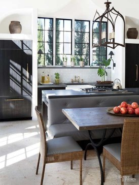 Inspirations To Choosing The Right Tables For Cramped Room 07