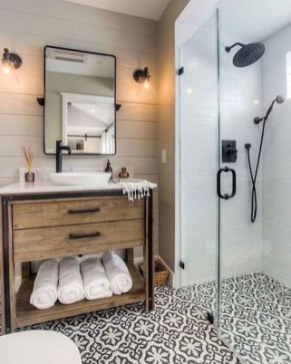 Inspiring Bathrooms With Stunning Details 17
